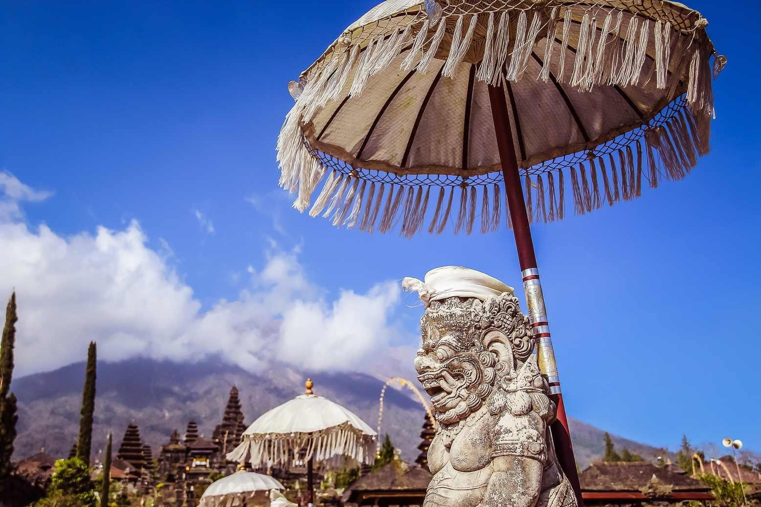 Tempio Madre di Besakih, vetta sacra dell'isola di Bali