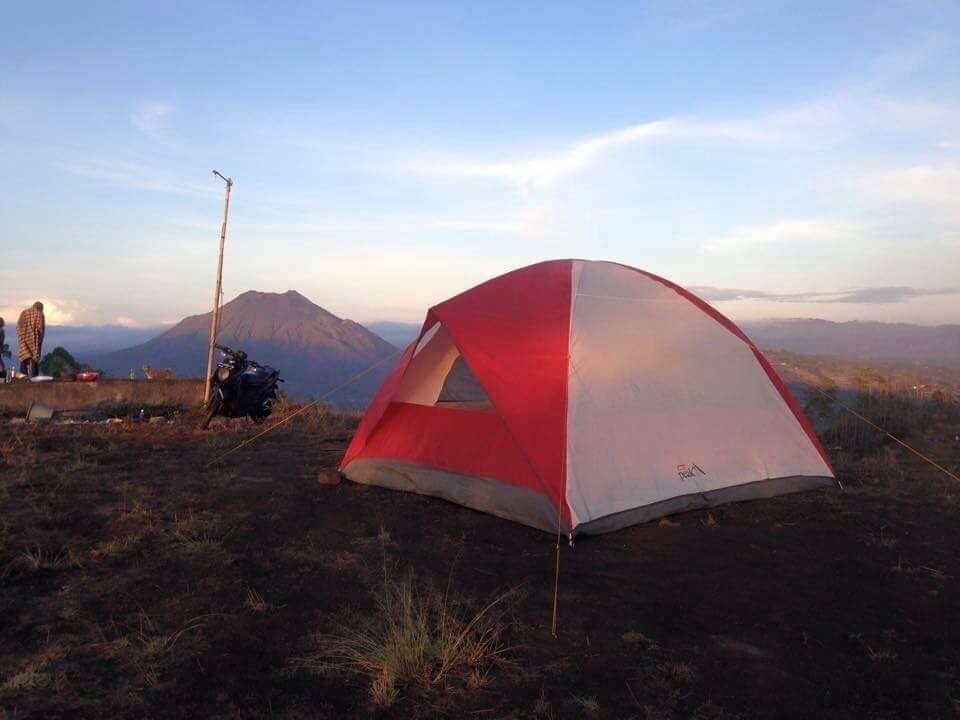 Campeggio sul Batur: l'emozione di un'alba indimenticabile