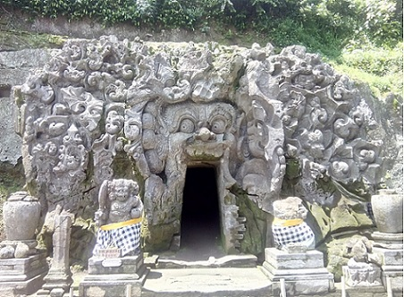 grotta dell'elefante ubud